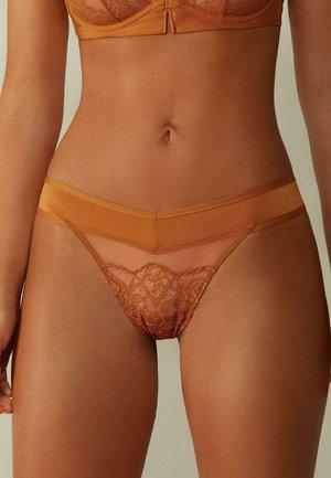 Thong - orange  amber