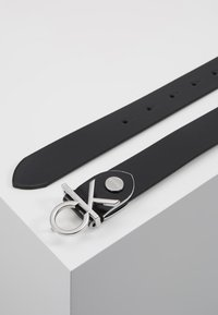 Calvin Klein - LOW BELT - Pasek - black - 2