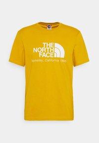 The North Face - BERKELEY CALIFORNIA TEE - Print T-shirt - arrowwood yellow - 0