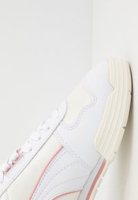 Puma - Baskets basses - white/bridal rose/marshmallow - 2