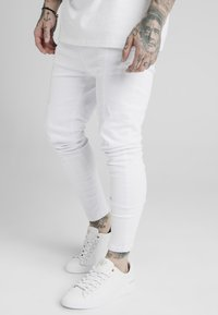 SIKSILK - DROP CROTCH PLEATED APPLIQUE  - Jeans Skinny Fit - white - 0