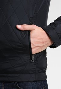 Pier One - Übergangsjacke - black - 4