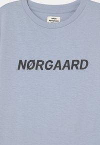 Mads Nørgaard - THORLINO UNISEX - T-shirts print - zen blue - 2