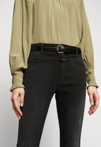 CLOSED - PUSHER - Jeans Skinny Fit - dark grey - 3