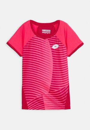 TEE - Camiseta estampada - vivid fuchsia/glamour pink