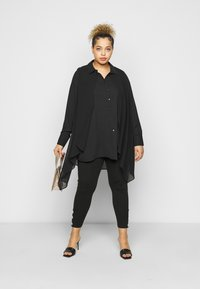 Evans - OVERLAY - Button-down blouse - black - 1