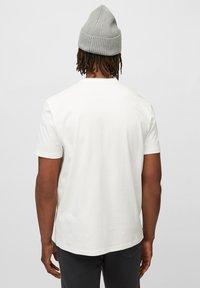 Marc O'Polo - Basic T-shirt - egg white - 2