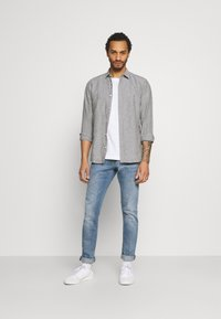 Only & Sons - ONSCAIDEN STRIPE - Shirt - olive night - 1