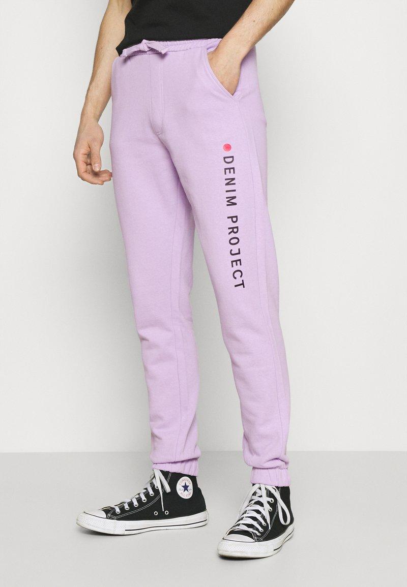 Denim Project - LOGO PANT - Tracksuit bottoms - pastel lilac