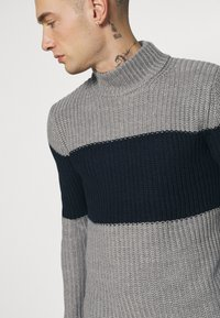 Brave Soul - REINOLD - Jumper - silver grey marl/ french navy - 3