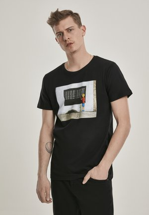 BANKSY - T-shirt med print - black