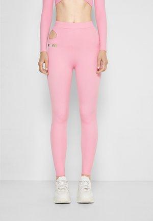 CUT AWAY  - Legíny - pink