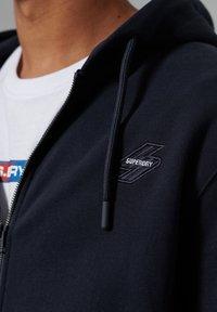 Superdry - Zip-up hoodie - deep navy - 2