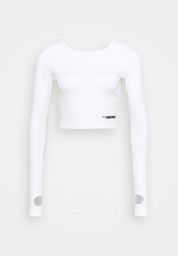WARRIOR CROP TEE - Long sleeved top - white