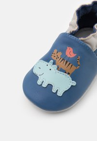 Robeez - ANIMAL PYRAMID - First shoes - bleu fonce - 5