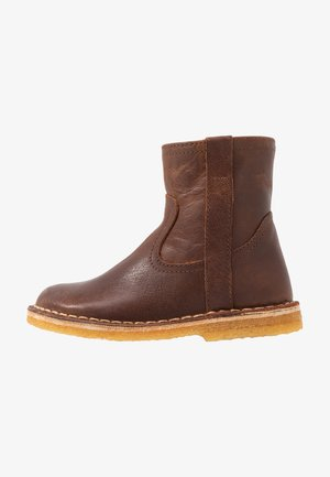Kotníkové boty - chestnut