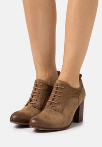 Felmini Wide Fit - MADELINE - Lace-up heels - marvin/morgan/stone - 0