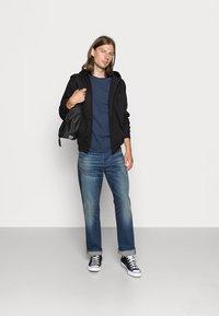 Urban Classics - ZIP HOODY - Zip-up sweatshirt - black - 1