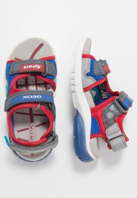 Geox - FLEXYPER - Walking sandals - grey/red - 1