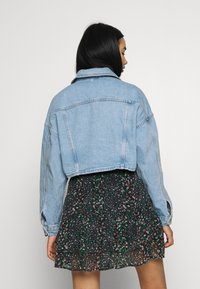 Topshop - CROP JACKET - Denim jacket - blue denim - 2