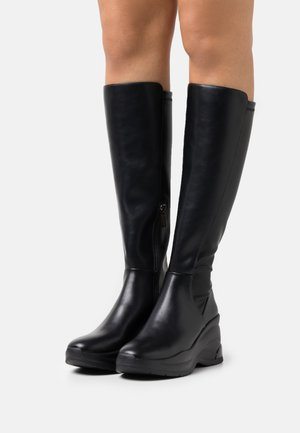 KARLIE REVOLUTION - Platåstøvler - black