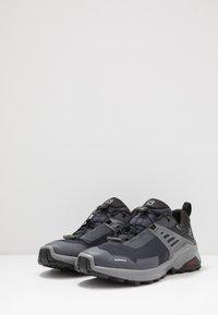 Salomon - X RAISE GTX - Hiking shoes - ebony/black/quiet shade - 2