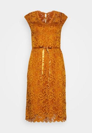 MLNEWMIVANA CAP DRESS - Vestido de cóctel - sudan brown