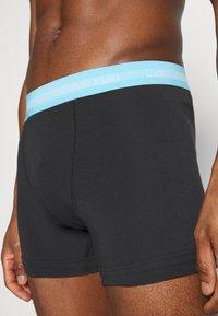Calvin Klein Underwear - TRUNK 3 PACK - Culotte - black - 4