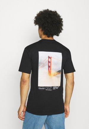 VINTAGE PIC TEE - Print T-shirt - black