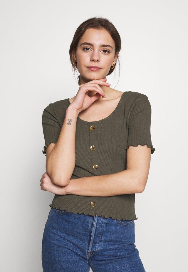 ONLJUDITH LIFE BUTTON - Camiseta estampada - grape leaf