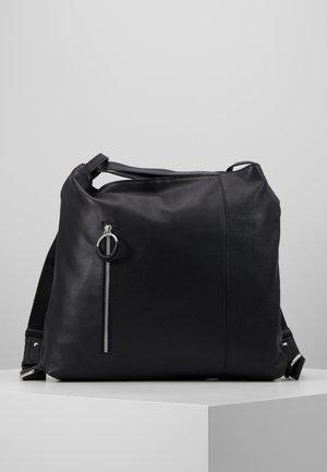 LEATHER SHOULDER BAG / BACKPACK - Batoh - black
