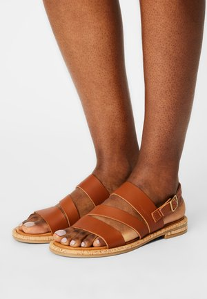 GENNY - Sandals - cognac
