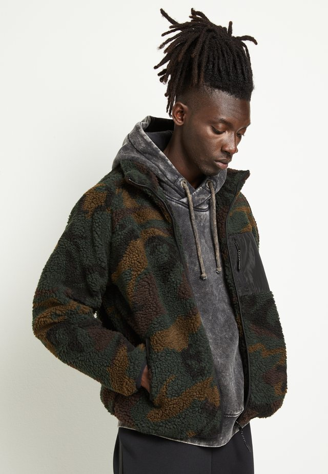 WESLEYCAMO - Winter jacket - khaki