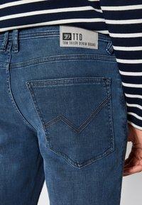 TOM TAILOR DENIM - SKINNY CULVER STRETCH - Jeans Skinny Fit - dark stone blue grey denim - 5