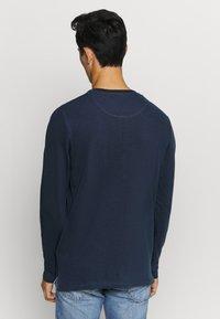 Jack & Jones - JJEJEANS NOOS - T-shirt à manches longues - navy - 2