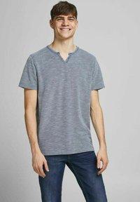 Jack & Jones PREMIUM - Basic T-shirt - limoges - 0