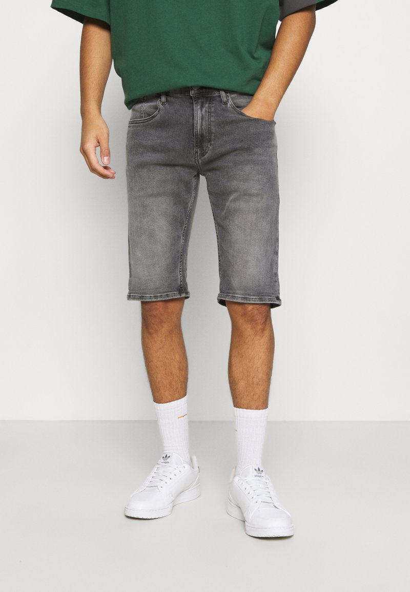 Tommy Jeans - RONNIE - Shorts di jeans - devon grey stretch