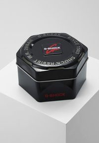 G-SHOCK - Digital watch - black - 3