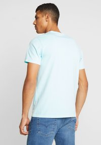 Levi's® - THE ORIGINAL TEE - Printtipaita - clearwater - 2