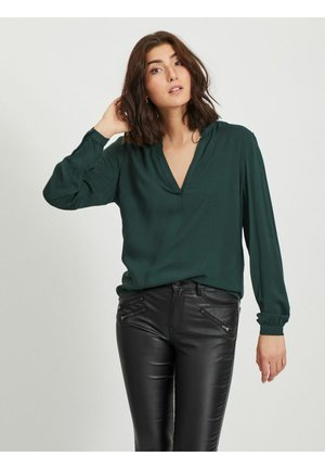 VICHANET V NECK - Blouse - pine grove