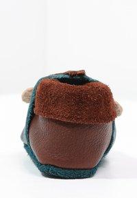 POLOLO - AFFE KING LUI - Chaussons pour bébé - coconut/karibik - 3