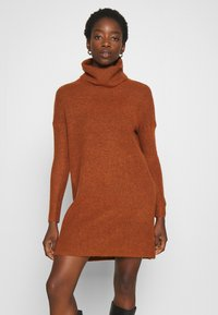 ONLY - ONLJANA COWLNECK DRESS  - Pletené šaty - ginger bread melange - 0