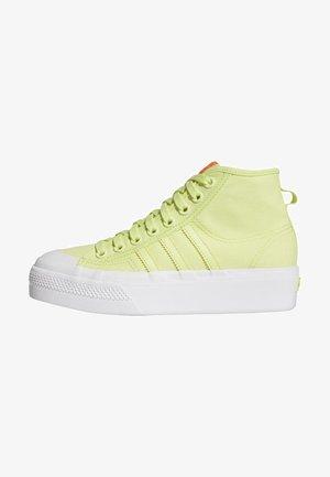 NIZZA SPORTS STYLE VULCANIZED SHOES - Sneakers hoog - yellow, white, orange