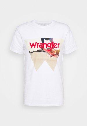 COWBOY COOL TEE - T-shirt med print - real white
