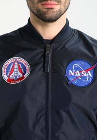 Alpha Industries - NASA REVERSIBLE II - Bomberjacka - blue - 5