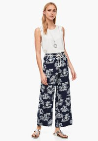 s.Oliver - ALLOVER-PRINT - Trousers - dark blue aop palms - 1