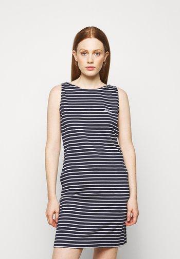 DALMORE STRIPE DRESS - Žerzejové šaty - navy/white