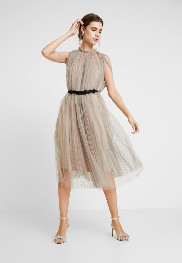 DRESS WITH BELT - Cocktail dress / Party dress - silver