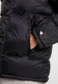 Champion - HOODED JACKET - Winter jacket - black - 5