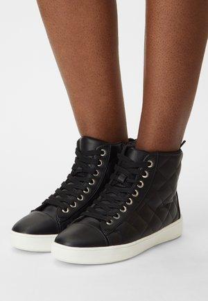 VEGAN JAQUIE - High-top trainers - black